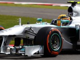 Mercedes investigating lost wheel on Schu anniversary