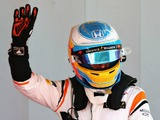 Alonso steals the show in Spain qualifying