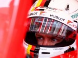 FP2: Vettel fastest before gearbox issue