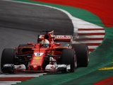 Ferrari contract in Vettel's hands Marchionne