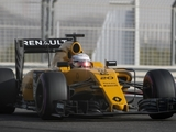 Magnussen: Renault faces long recovery