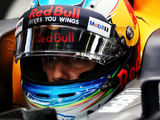 Ricciardo sets early pace at Singapore