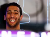 Ricciardo hits Top Gear with lap record