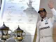 Lewis Hamilton apologises to Mercedes for pit blunder