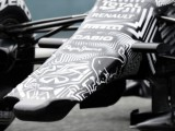 Red Bull forced to go wingless
