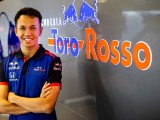 Albon confirmed to race Toro Rosso in 2019