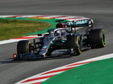Hamilton hails 'great effort from the team' at Mercedes