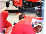 Damaged parts set back Vettel's running in Abu Dhabi F1 tyre test