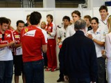 Drivers hold a minute's silence for de Villota