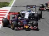 Sainz retains ninth after Kvyat clash