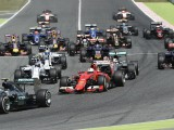 Nico Rosberg eases to vital victory in Spain