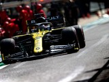 Ricciardo gets new chassis after fracture detected