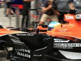 Fernando Alonso feels some drivers need to learn how to manage race starts