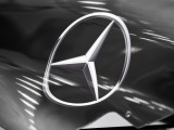 Mercedes Gets Helping Hand from Apprentices