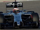 Magnussen tops second test day in Bahrain