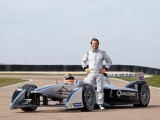 Trulli to race for own team in Formula E