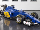 Photos: Sauber unveil the new, very blue, C34