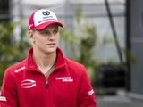 Schumacher welcomes pressure ahead of F1 debut
