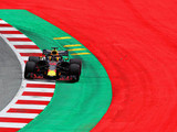 Hamilton sets early pace in Austria