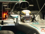 FP2: Hamilton hits the front in Russia