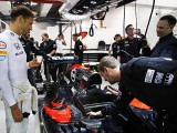 McLaren to test gearbox fix in Japan