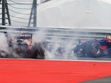 Verstappen, Alonso rue lap one collision