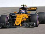 "Jolyon Palmer: ""Romain made a very ambitious move over the kerbs"""