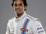 Nasr sticks with Carlin in GP2