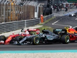 Steadfast Vettel defends attacking-style