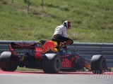 Horner: Ricciardo punched hole in wall after US GP retirement
