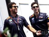 Ricciardo sets deadline for F1 future deal