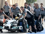 Gearbox problem curtails Hamilton's running