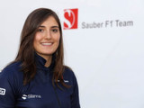 Sauber signs female development driver
