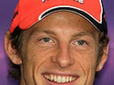 Button hacks into title fight with popular Hungary win