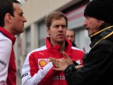 Vettel focused on title, not opening race