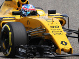 Renault duo look ahead to Russia