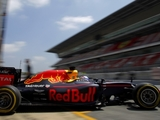 Verstappen enjoys extra time in RB12