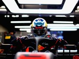 Daniel Ricciardo: One-stop strategy, Ferrari tyre struggles can save us