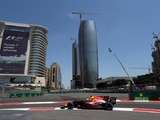 Verstappen fastest again, crashes late in second Baku F1 practice