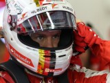 Vettel unhappy with Merc's formation pace