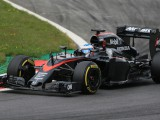 McLaren's short nose breaks cover after FIA probe