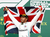 Hamilton seeks to raise the bar