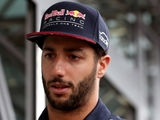 Ricciardo: 'No excuse' for one-lap deficit