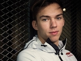 Gasly to race number '10'