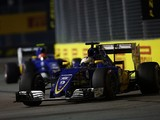 Sauber Formula 1 team expects to sign drivers with funding for 2017