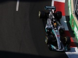 Hamilton frustrated Mercedes tyre woes strike again
