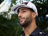 Ricciardo sets deadline for Red Bull talks