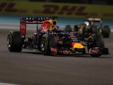 Renault licks wounds as F1 waits on decision