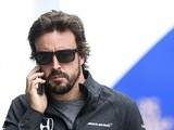 Fernando Alonso hopes McLaren makes 2018 F1 engine call quickly