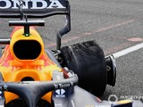 Pirelli suggests Baku F1 tyre blowouts may be caused by debris